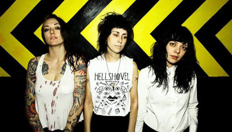 THE COATHANGERS: due chiacchiere con le tre riot girl di Atlanta