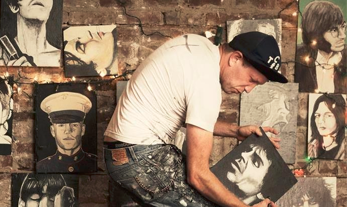 JESSE MOSHER.. l'artista punkrock in Italia
