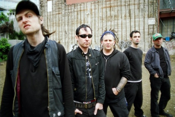 New album per i LEFTOVER CRACK – Constructs of the State