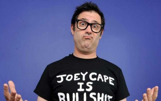 "JOEY CAPE: video di ""Moral Compass"" e ""This Life is Strange"""