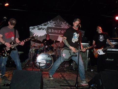 Nuovo EP per i punk rockers THE PROZACS
