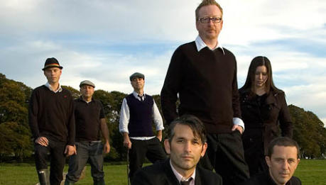 "FLOGGING MOLLY: video live di ""Devil's Dance Floor"""