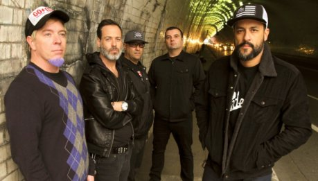 "STRUNG OUT: ""Crows"" in streaming"