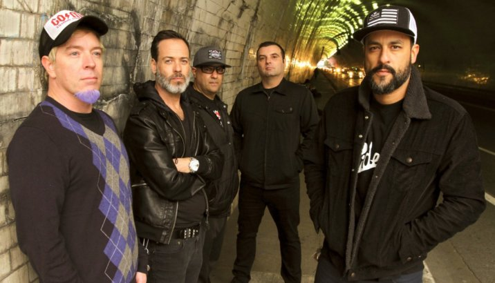 """STRUNG OUT: """"Crows"""" in streaming"""
