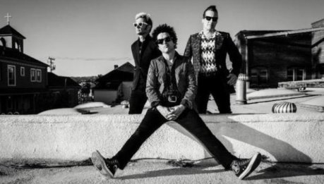 "GREEN DAY: lyric video di ""Say Goodbye"" e ""Youngblood"""
