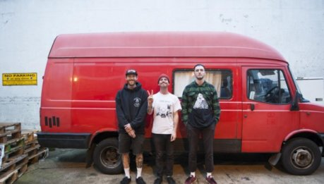 "GNARWOLVES: video di ""Straightjacket"""