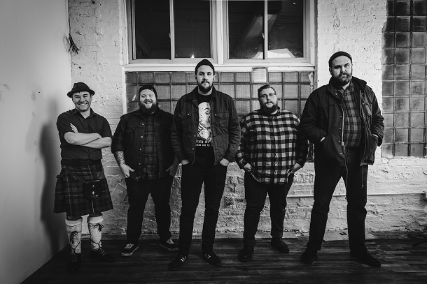 "FLATFOOT 56: video di ""Odd Boat"""