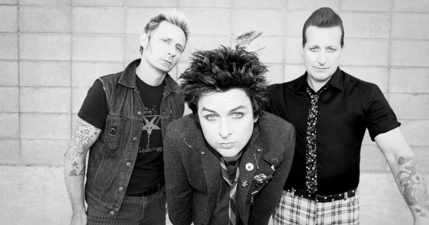 "GREEN DAY: video di ""2000 Lights Years Away"""
