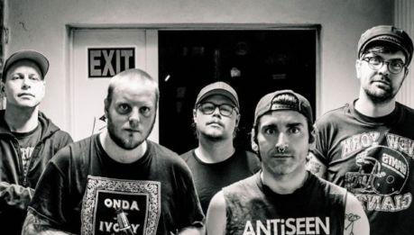 """SATANIC SURFERS: """"Back To Hell"""" è il titolo del nuovo album"""