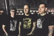 "MXPX: video di ""Rolling Strong"""