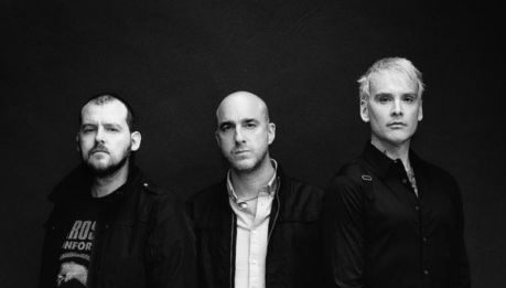 "ALKALINE TRIO: lyric video di ""Is This Thing Cursed?"" e ""Demon and Division"""
