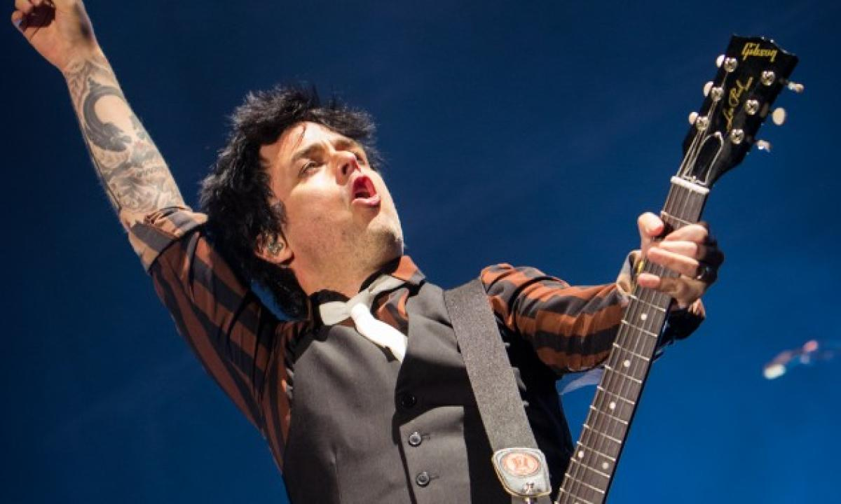 BILLIE JOE ARMSTRONG : cover in italiano