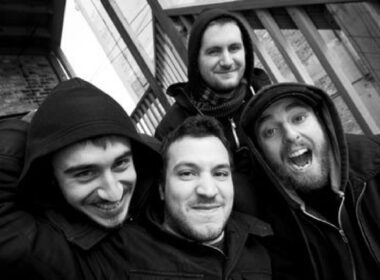 "THE MENZINGERS: lyric video di ""Last to Know"""
