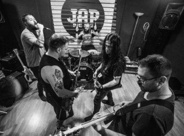 LOCKED IN ritornano: la band hardcore pubblicherà due EP per Epidemic Records