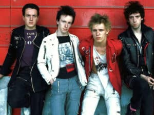 "THE CLASH: video di ""The Magnificent Seven"""